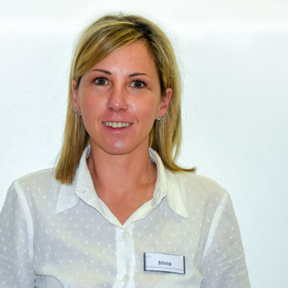 Dr.ssa Silvia Bianco | Dentista a Bagno e Gualtieri | Studio Dentistico Fonaciari